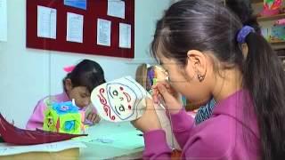 видео Чем занять ребенка на каникулах