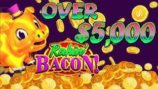 BIGGEST JACKPOT ON RAKIN BACON SLOT MACHINE - MAX BET $8.80 INCREDIBLE HANDPAY