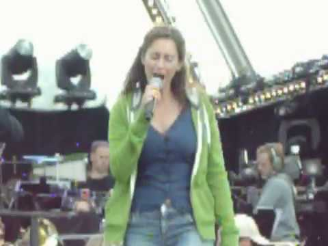 Musical Sing A Long Repetitie 2011: Pia Douwes-- Mijn Leven Is Van Mij