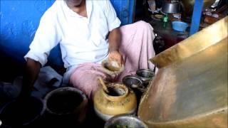 Chhole Kulche, Matar Kulche, Chhole Bhature tasties street food Connaught Place Delhi India by Touri thumbnail