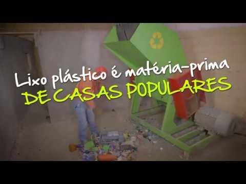 Lixo plástico produz casas populares que custam cerca de R$ 1.000
