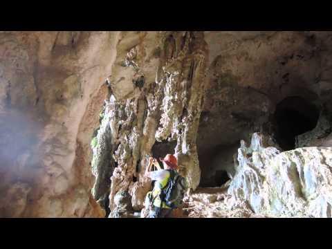 Day 5 Socotra - inside Hoq cave