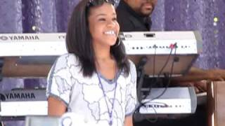 """MFEENZ.com: Whitney Houston """"My Love is Your Love"""" featuring Bobbi Kristina in Central Park"""