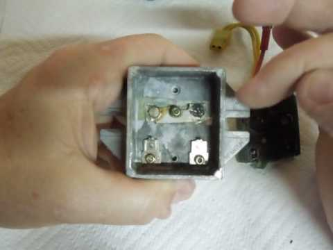 Inside Briggs  Stratton Failed 3 Wire Voltage Regulator - YouTube