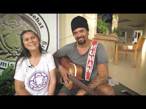 Soulrocker TV: New Year's Eve at Bumi Sehat Birthing Center (Bali)