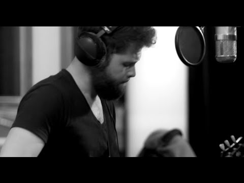 Passenger | Somebody's Love (Live From Roundhead Studios, Auckland)
