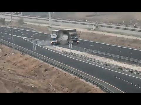 """""""סכנת מוות מיידית"""": התאונות הקטלניות בשולי הכבישים"""