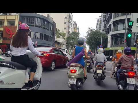 Halloween, Nguyễn Huệ, Sài Gòn downtown,VietNam,31.10.2017