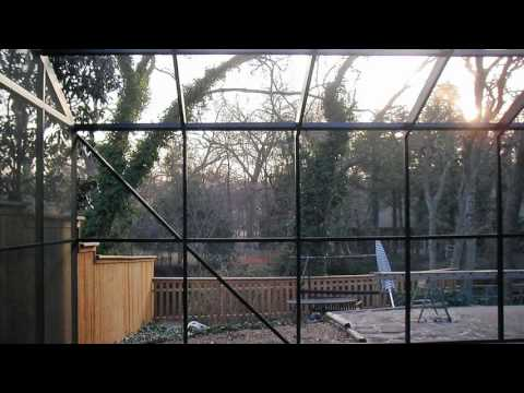 Pool Area Screen – Dallas, TX Sunroom Contractor – Sunshine Sunrooms