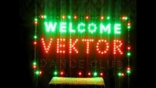 Светодиодный рекламный щит(Рекламный щит состоит из 400 светодиодов, слова переключаются в разной последовательности создавая красочн..., 2013-02-09T14:20:07.000Z)