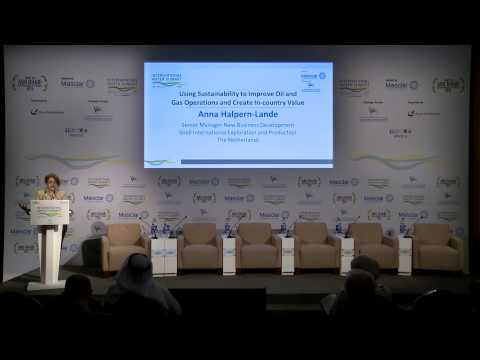 IWS 2015   Using Sustainability to Improve Oil and Gas Operations