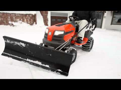 Husqvarna LTH tractor with snow blade - YouTube