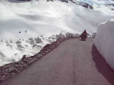 MotorBike trip to leh ladakh Tour Road to Heaven (Awesome Video of Mountain Biking)