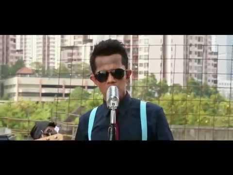 Padmasana Hits single