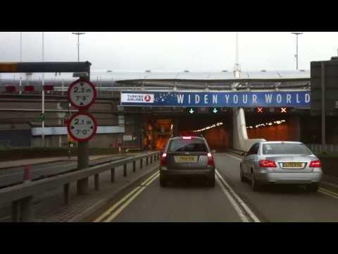London streets (237.) - Heathrow - Hammersmith - Chelsea - Lambeth bridge