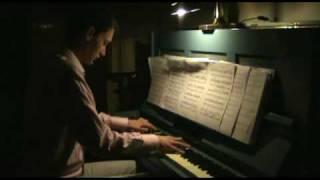 "James Horner - Bicentennial Man- ""Then You Look at Me"""