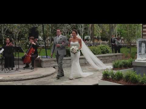 a-tennessee-fête-at-the-couple's-log-cabin-home---martha-stewart-weddings