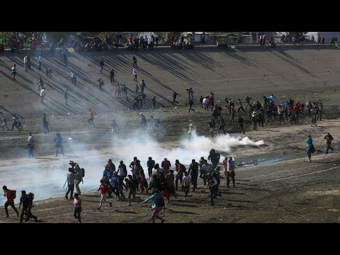 US closes Mexico border crossing after migrant protest halted in Tijuana