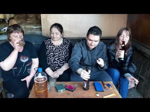 Людмила из Чулыма, Оляй, Мать и я пьём пиво