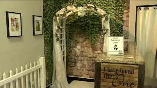 Walk-in chapel provides wedding services steps from Duval County courthouse