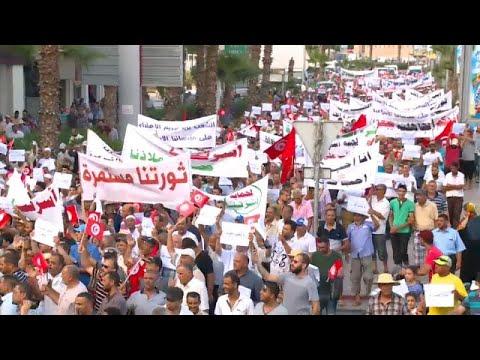 شاهد: تونس تنتفض رفضا للتعديلات الاجتماعية والمتظاهرون يرددون -تونس إسلامية-…  - 13:21-2018 / 8 / 6