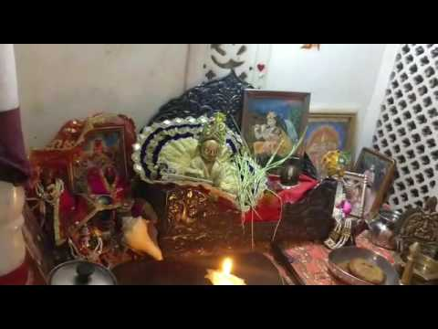 W1E7- Anuj Goyal - Lord Krishna Aarti Video