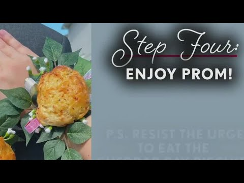 Red-Lobster-biscuits-used-as-prom-corsages
