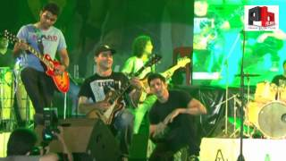 Rock On - FARHAN LIVE at Thomso, IIT Roorkee