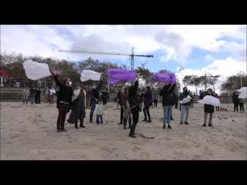 Globos en Samil para despedir al abogado Gustavo García fallecido en Fuerteventura