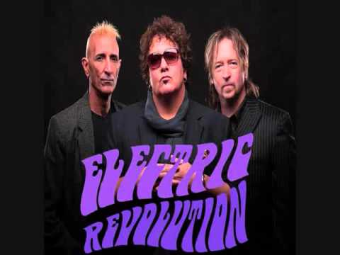 "Electric Revolution - ""Helpless"""