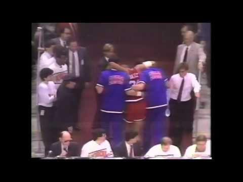 1988 : Cartwright Knocks Out Barkley