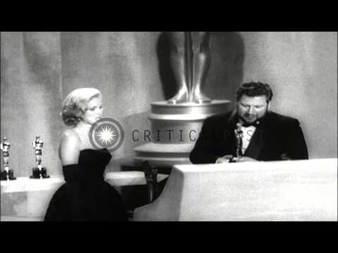 Hollywood actors and actresses awarded  during 33rd Annual Academy Awards in Sant...HD Stock Footage