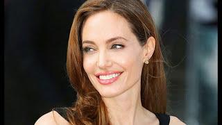Анжелина Джоли! Кто она?