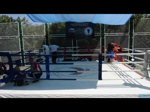 Турнир по боксу в Нагорном Карабахе Овик Варданян (Мартуни)-Артак Саргсян (Ереван Комитас) Дрмбон