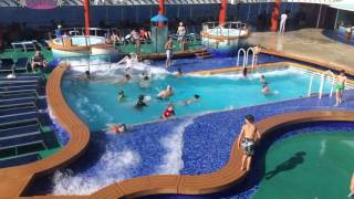 Big waves on cruise ship