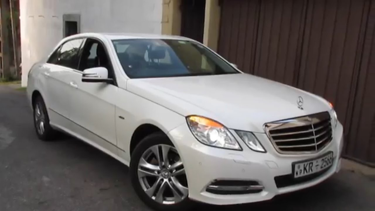 2011 Mercedes Benz E200 Cgi Startup And Review Youtube