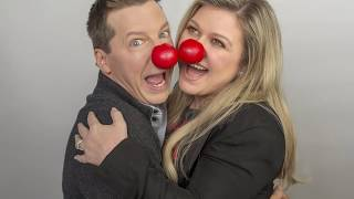 Kelly Clarkson tells us who has her favorite nose – and her Nose to...