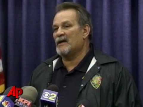 6 Bodies Found at 'Santa Shooting' Crime...