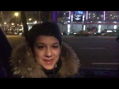 Мини-экскурсия по ночной Москве с Сашей Савиновым.
