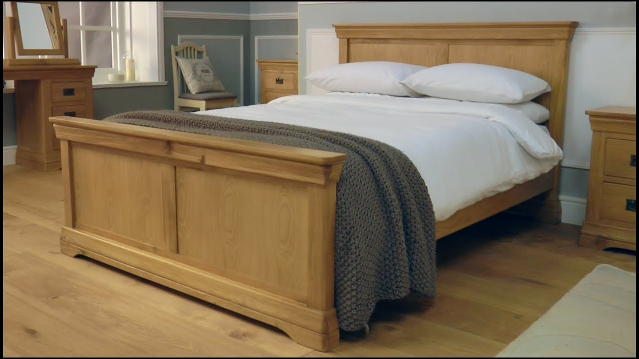 Farmhouse country oak bed youtube for Farmhouse style bed