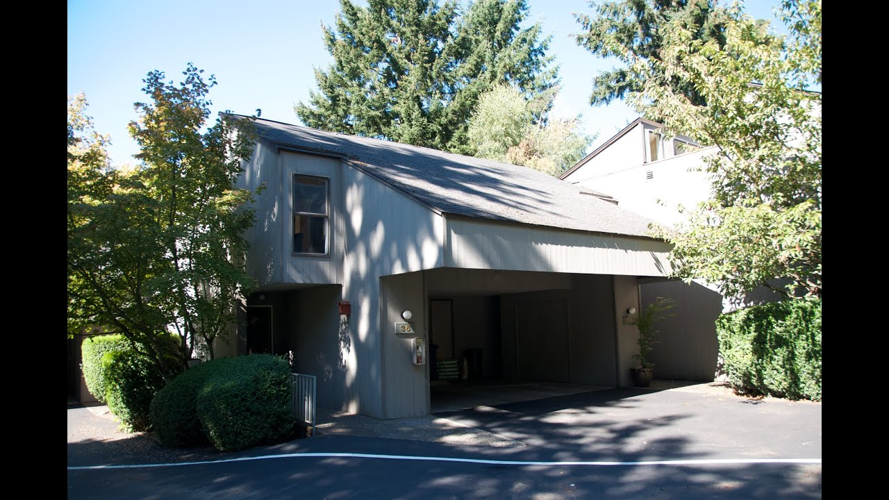 Redmond Town Home For Sale Sixty 01 Condo 6439 139th Pl