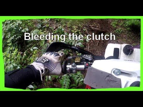 Dirtbike Riding: S3 E21 - Maico 700 - Clutch Problems
