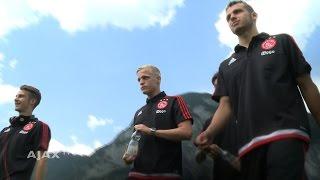 Het debuut van Donny, Mauro en Vaclav