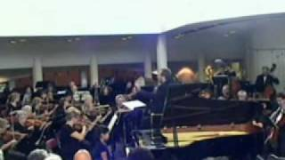 Annie plays Beethoven Concerto No. 1 with CBSO - Part 1/2