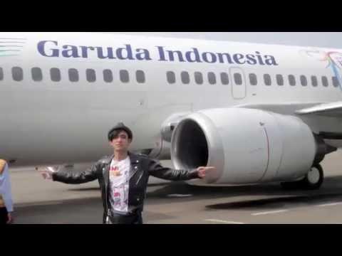 Tomok (New Boyz)   cintaku di indonesia lirik