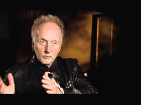 Saw VI- Tobin Bell Interview (2009)