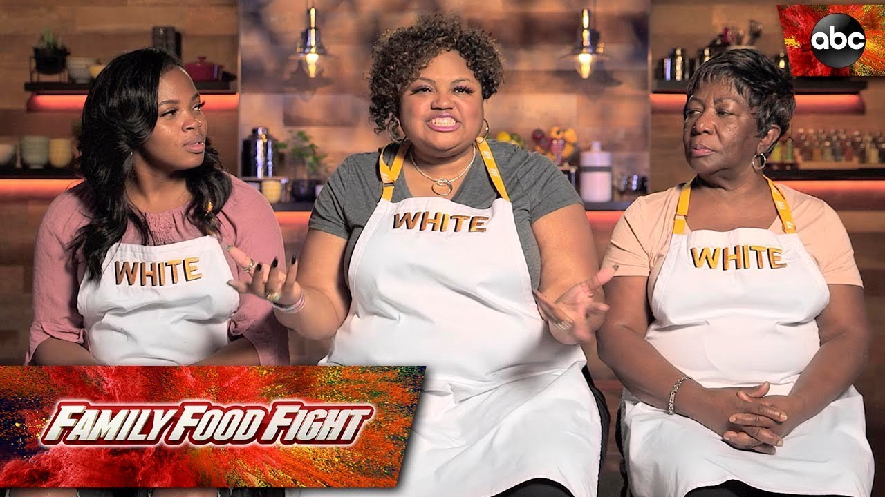 White Family Plan - Family Food Fight - YouTube