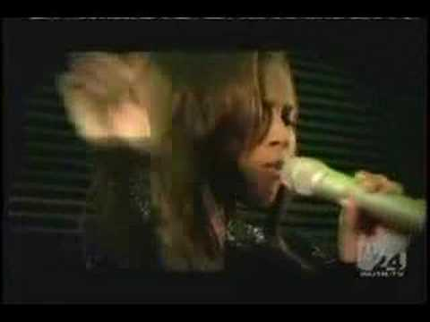 "Ciara & 50 Cent - ""Can't Leave 'Em Alone"" LIVE at the WMAs"