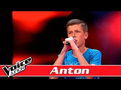 Anton synger: Bruno Mars - 'Grenade' - Voice Junior / Blinds