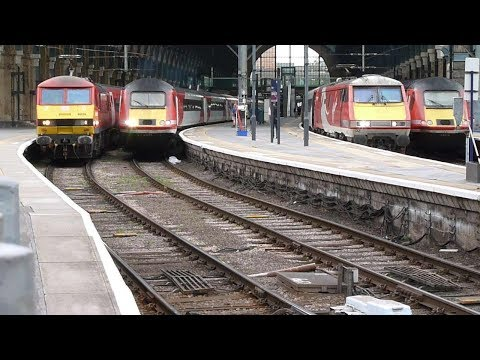 Trains at: King's Cross, 4 October 2017